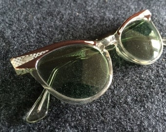 Gorgeous Fairfield vintage cat eye sunglasses