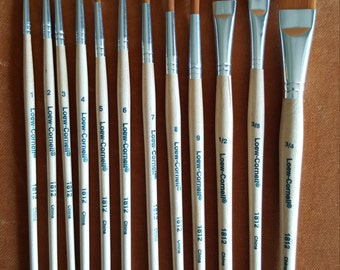 Set of 12 Loew-Cornell paintbrushes unused