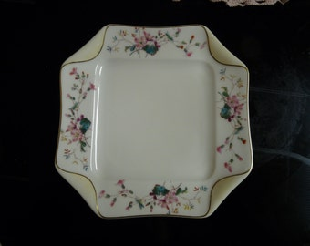 """H&Co. HAVILAND Co. Limoges France - Set 4  - Square Eight Point 8"""" SALAD PLATES Gold Pinstriped Trim and Enamel Flowers"""