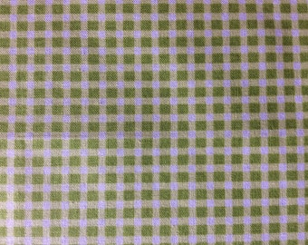Green Gingham Burp Cloth