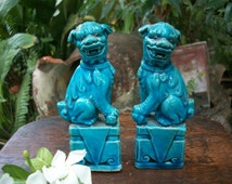 1980s Chinese Jingdezhen Porcelain Turquoise Chinese Guardian Lions Temple Foo Dogs Signed