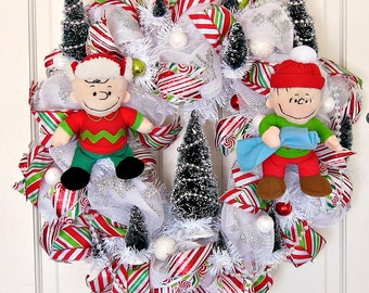Charlie Brown Christmas Themed Wreath, Charlie Brown and Linus Wreath, Peanuts Characters Wreath