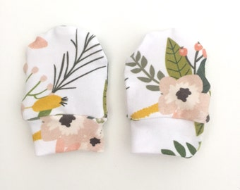 SALE - Baby Mittens, Mittens, Newborn Mittens, Baby Gloves - Sprigs and Blooms