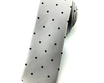 Light Greytie with Black Polka dot 6.5 cm Skinny tie. Slim Tie. Narrow Thin Tie. Skinny Tie. Formal Necktie. Grey tie. Skinny ties