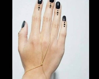 60% OFF Gold Knot Hand Chain Bracelet