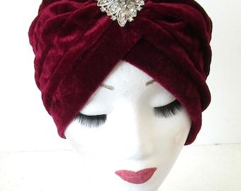 Deep Red Velvet & Silver Diamante Turban Headpiece Flapper Cloche 1920s 40s Hat Rhinestone Great Gatsby N52