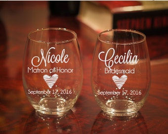 Set of 7, Personalized Wine Glasses, Bridal Party Gift, Etched Glasses, Personalized Glasses, Bachelorette Party, Maid of Honor Gift