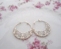 Avon Sterling Silver Filigree Hoop Earrings in Excellent Vintage Condition
