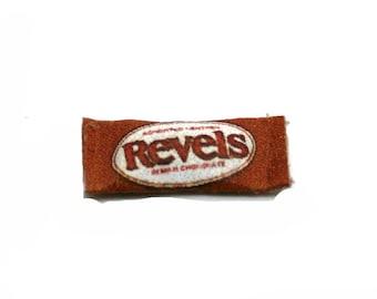 Vintage Revels Confectionery Bag