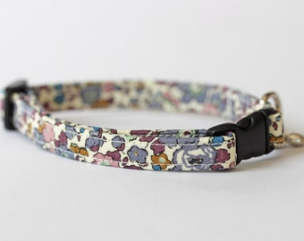 Purple toned floral Liberty fabric, Small Dog or Puppy Collar, Made To Measure