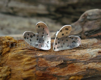 Hammered Texture Stud Heart Earrings