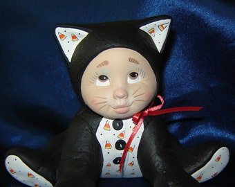 Halloween Cat - Item A - Ceramic Kitten - Ceramic Cat - Halloween Decoration - Fall Decorations
