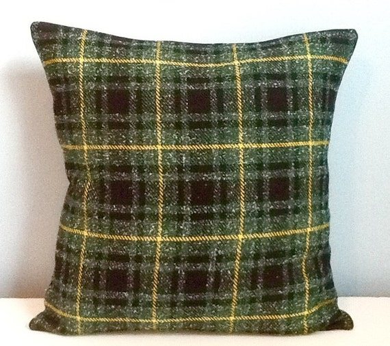 Green Plaid Throw Pillow : Green plaid pillow cover. Tartan plaid throw pillow. Winter