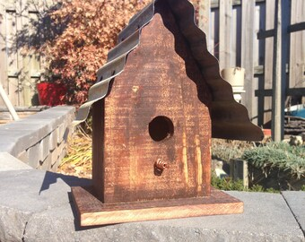Rustic Style Bird House with Tin Roof
