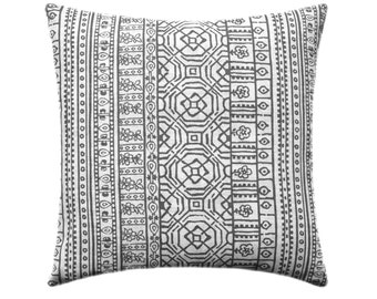 Charcoal and White Pillow Cover // Gunmetal Grey Throw Pillow Cover // Dark Grey Decorative Pillow // Grey Couch Pillows // Gray Pillow
