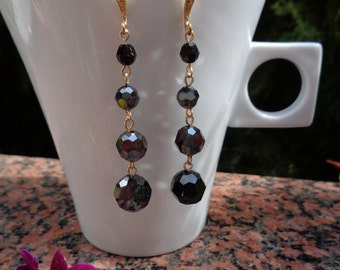 Earrings in black! Gold-plated hooks with Rhinestones, very elegant!