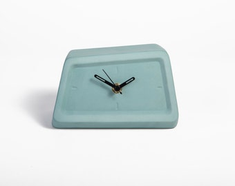 desk clock turquoise decor modern minimalist table clock desk clocks mantel decor