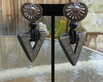 Vintage 1980s Chunky Black and Tarnished Silver Triangle Dangle Pierced Earrings,  Tribal Earrings,  African Style Earrings
