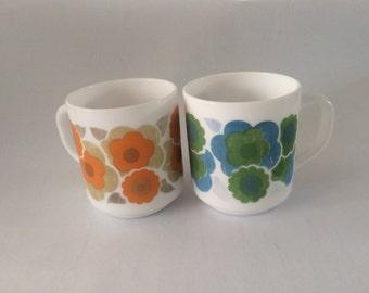 Vintage Arcopal Mugs Milkglas