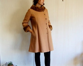 Vintage 60s Wool Coat with Mink Fur Trim  S