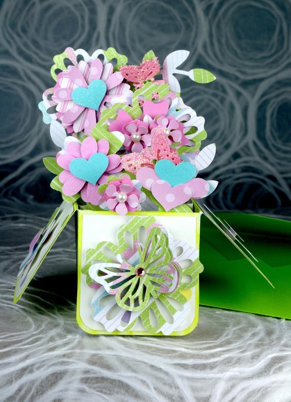 pop up greeting card flower bouquet pink polka dots pale