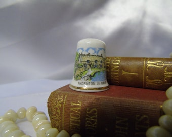 Vintage Bone China Thornton Le Dale Thimble
