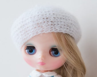 Middie Blythe white hat blythe white Beret сrochet mohair Beret for Middie Blythe doll outfit white soft cozy Middie Blythe beret fashion