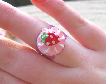 Strawberry Ring, Kawaii Ring, Strawberry Shortcake, Pink Ring, Strawberry Shortcake Ring, Strawberry Jewelry