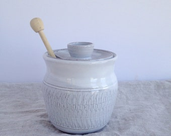 Textured Honey Pot