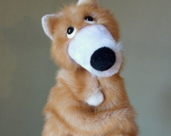 Brother Fox. Bibabo. Toy on hand. Toy glove. Puppet theatre. Marionette.
