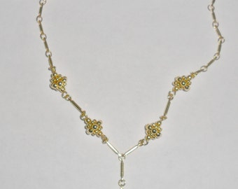 Pretty delicate vintage goldtone y style abstract grape clusters choker necklace