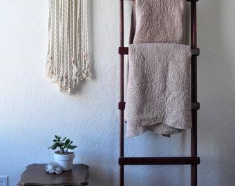 White Macrame Wall Hanging on Driftwood | Yarn Banner | Wall Decor | Fiber Art | Southwest Decor | Bohemian Decor