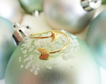 Gold Arrow Ring - Hunger Games Inspired Arrow Ring - Unique Gold Arrow Ring - Thoughtful Simple Present - White Elephant Gift Exchange