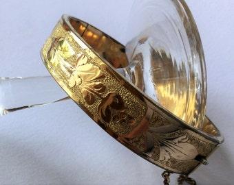 Late Victorian gold engraved bracelet, antique victorian jewels, jewels, antique bracelet