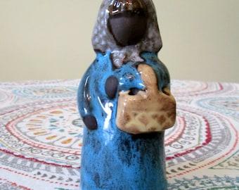 Swedish Pottery / Woman Figurine / Jie Gantofta / Design by Kirsten Eberlein / Scandinavian Design / Mid Century Modern / Vintage