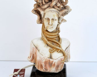 Medusa Snakeheaded Mythology Monster great sculpture statue