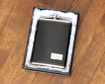 Personalized Flask Engraved Black Hip Flask, Leather Stainless Steel Groomsmen flask, Wedding Gift Groomsmen Groom Father, Corporate Gifts