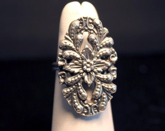 Large Detailed Floral Vintage Ring, Sterling SIlver