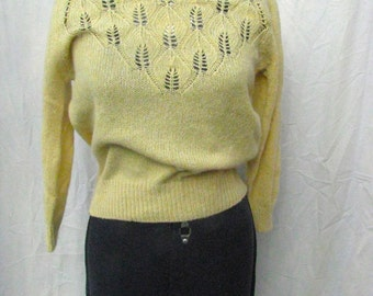 70's Does 50's Parrinello Yellow Knit Sweater Size Small