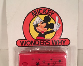 Vintage 1980s Disney Mickey Mouse Camera