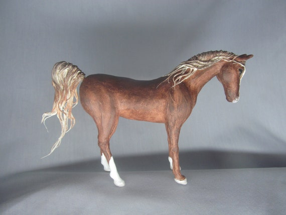 Figurine Horse Arabian stallion Red horse Chestnut horse