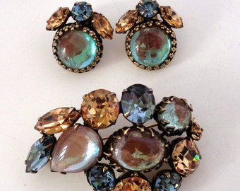 Vintage Blue Brown Glass Brooch Earring Set Unsigned Regency Saphiret Glass Coloring Changing Glass Rhinestones