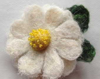 White Daisy Felted Flower Brooch