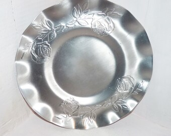 Vintage Aluminum Plate   Forged Hammered Aluminum - 708