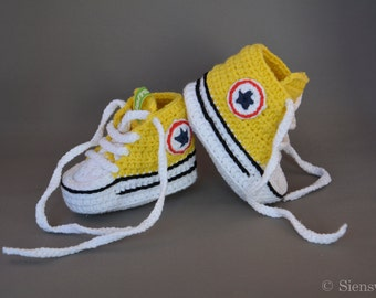 Yellow baby Converse-like sneakers, Crocheted baby booties, Handmade baby shoes, 3-9 months