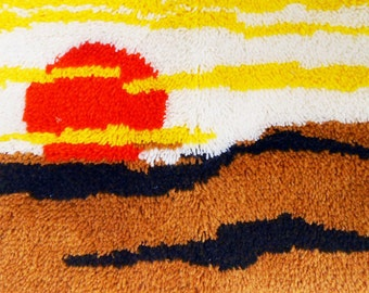 Boho Sunset Hook Rug, Latch Hook Rug, Vintage Wall hanging, 1980s, Eighties, Sunburst Beach,Yellow Orange Yarn,24  x 25 Rug, Retro,Handmade