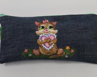 Pencil case with a cute cat. Denim zippered pencil case. Denim pouch. Denim bag. Cosmetic bag.