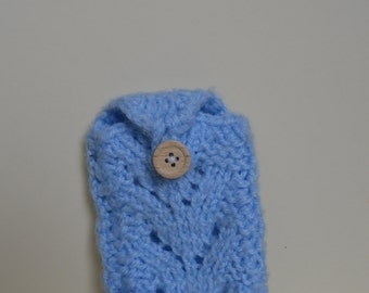 Knitted phone case, phone sock