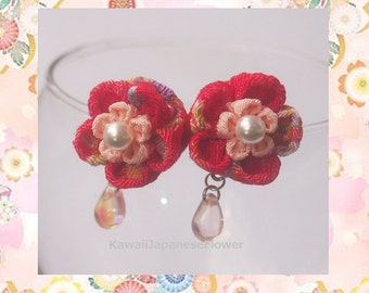 Tsumami Flower Studs Earrings red and pink with pearl and glass beads