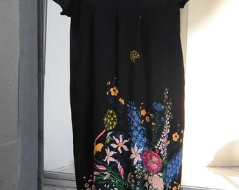 Silk printed with flowers dress